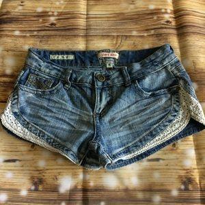 Hot Kiss Jean Shorts